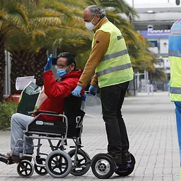 Mooevo Go Motor Asistente para Silla de ruedas plegable para transporte